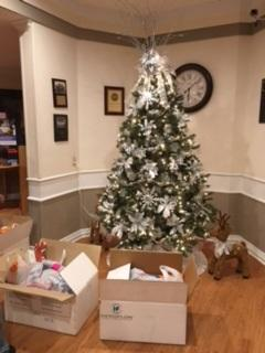 delivered wrapped gifts to the residents of giddings rehabilitation center and oakland manor nursing homes some children were invited to sing christmas